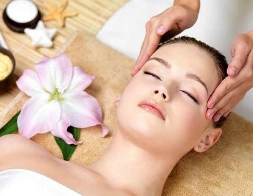 Cách làm cho mặt nhỏ lại nhờ bài tập massage