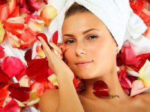 Làm đẹp từ vị thuốc hoa hồng trong Y học cổ truyền