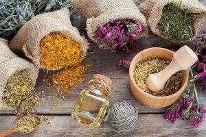 Hướng dẫn 6 bài thuốc dân gian chữa trị nước ăn chân tại nhà hiệu quả nhất