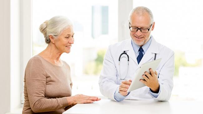 Sức khỏe người cao tuổi cần được đảm bảo