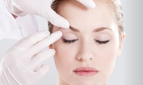 Đừng lo mỡ mí ở tuổi trung niên nhờ phẫu thuật thẩm mỹ mắt to